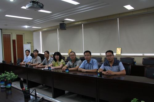 内蒙古稀土(集团)公司博士后工作站工作人员照片3