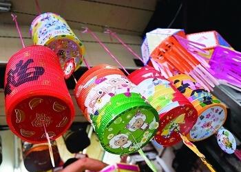 中秋节习俗之玩花灯