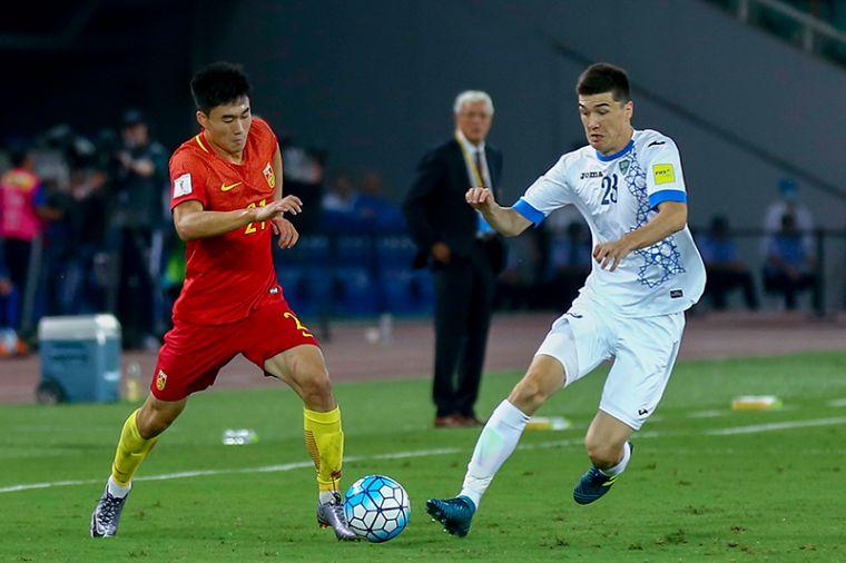 邓涵文在比赛中。