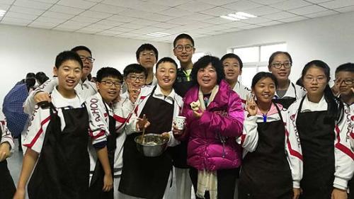 北京一零一中学郭涵校长来到学农基地。