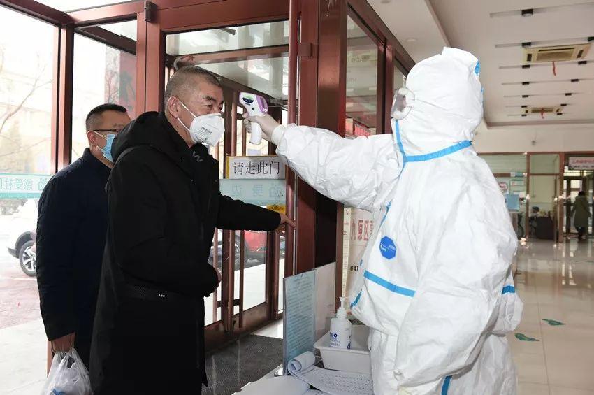 包頭市基層醫療衛生機構積極行動防控疫情